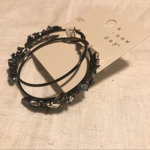 NWT a new day earrings #361